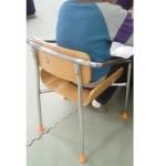 療育 机 椅子